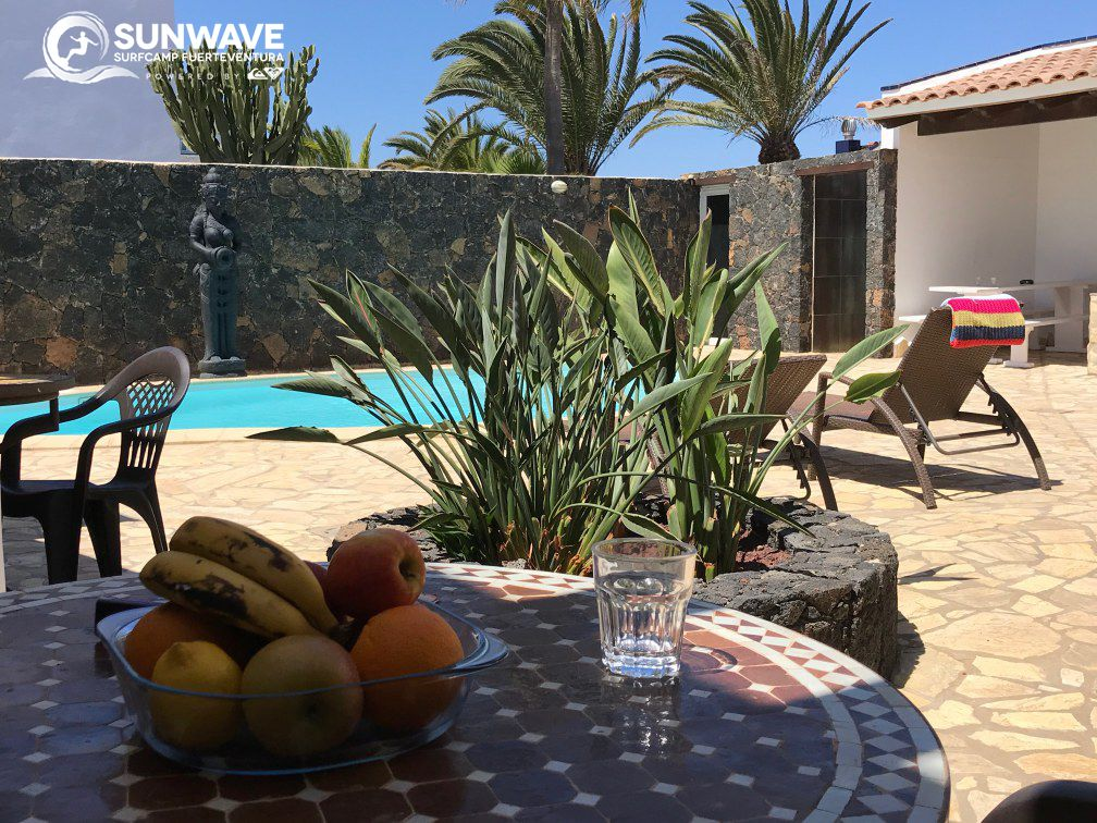 Outside Dining Area Studio Surf Resort Fuerteventura