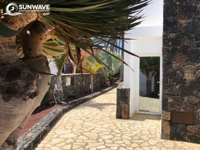Entrance & garden surf resort corralejo fuerteventura